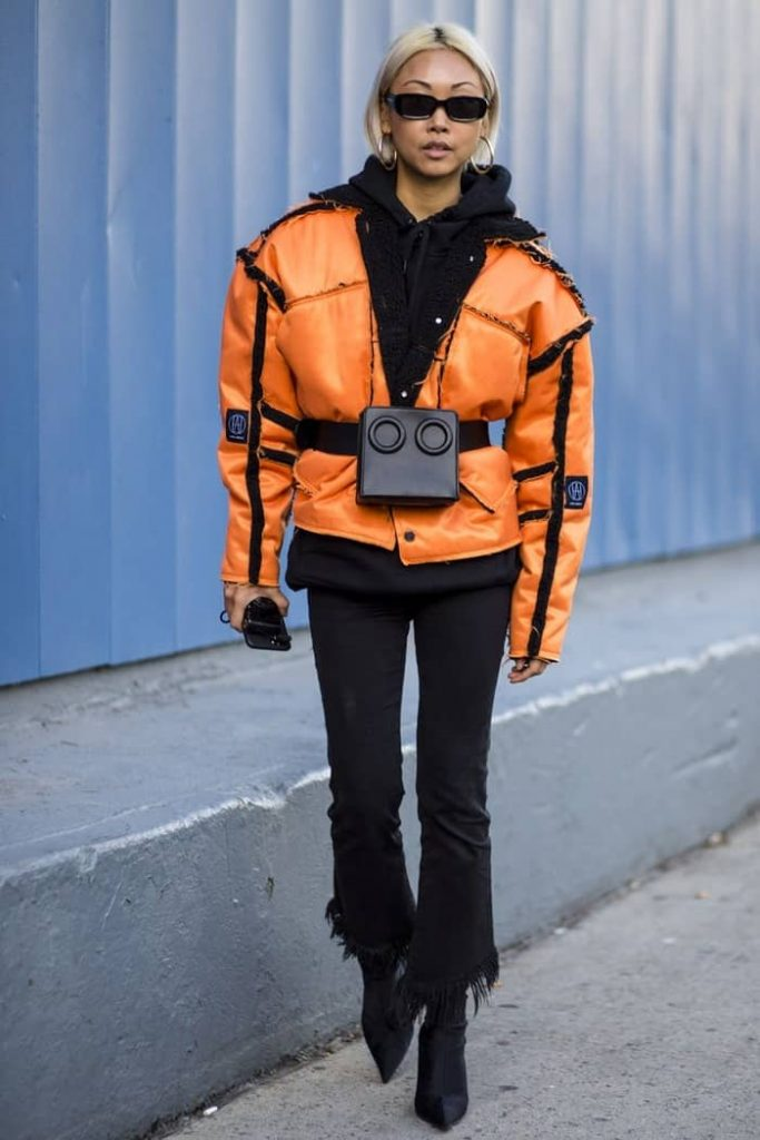 how to wear a fanny pack with a jacket 22